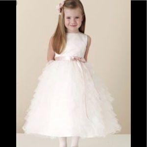 Worn once, beautiful flower girl/communion dress